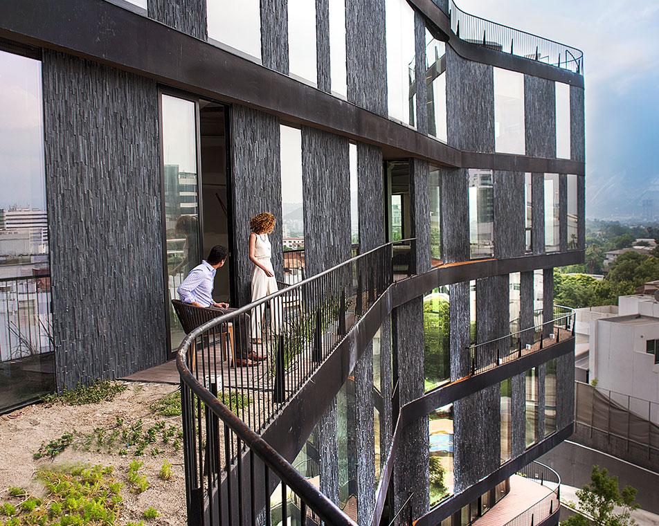 edificio-highpark-con-personas
